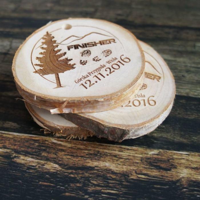 Medal drewniany, plaster drewniany