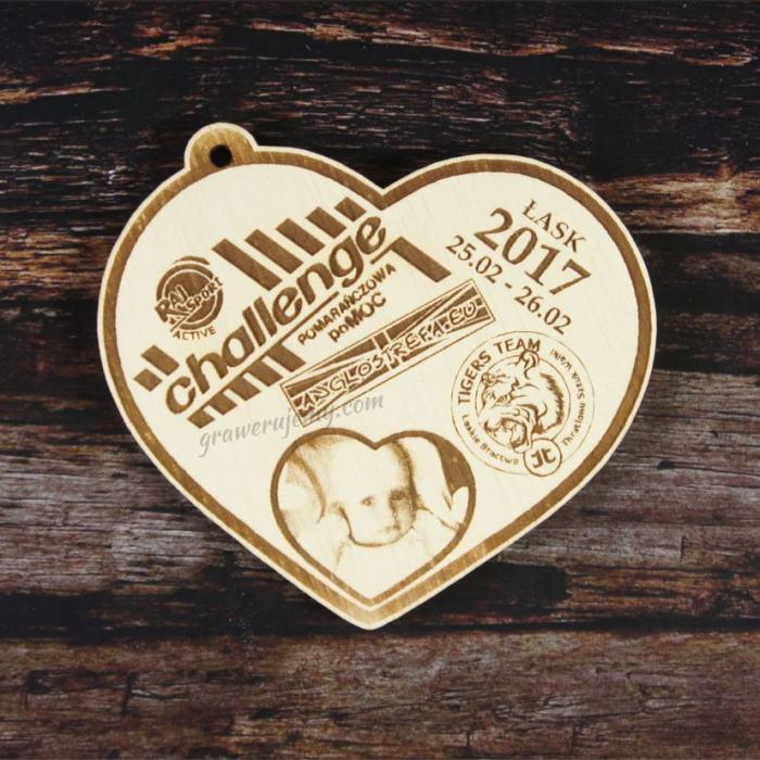Medal drewniany 108. Serce