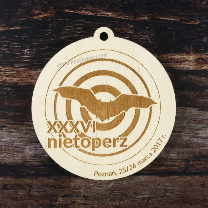Medal drewniany 158. Nietoperz