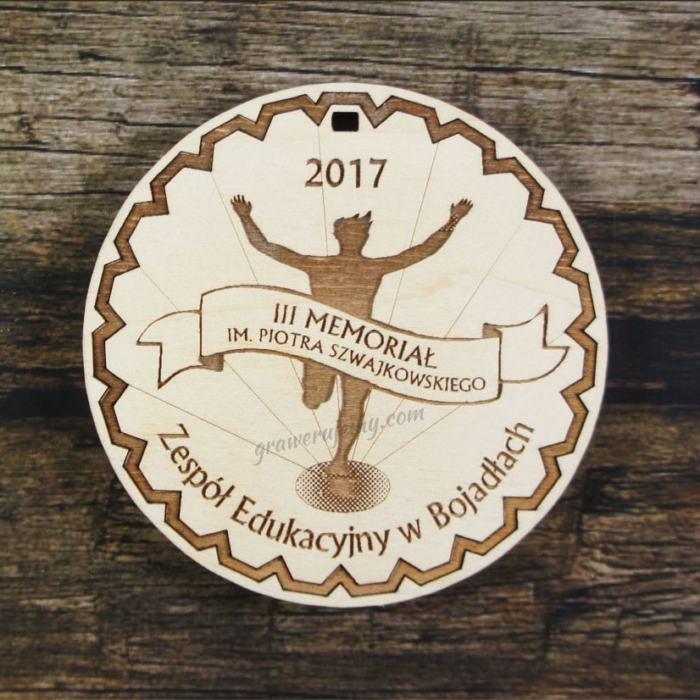 Medal drewniany 184 - Memoriał
