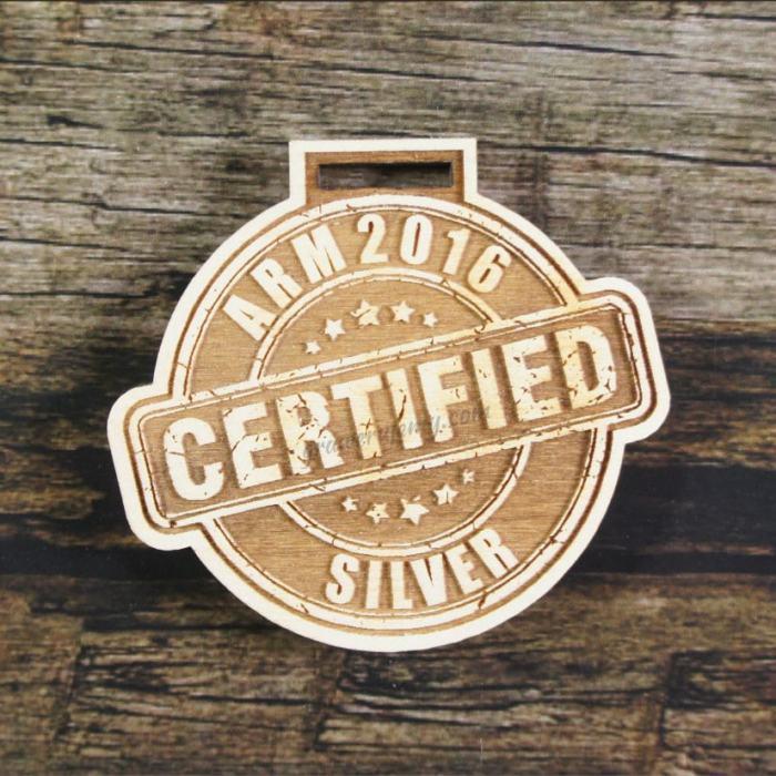 Medal drewniany 206