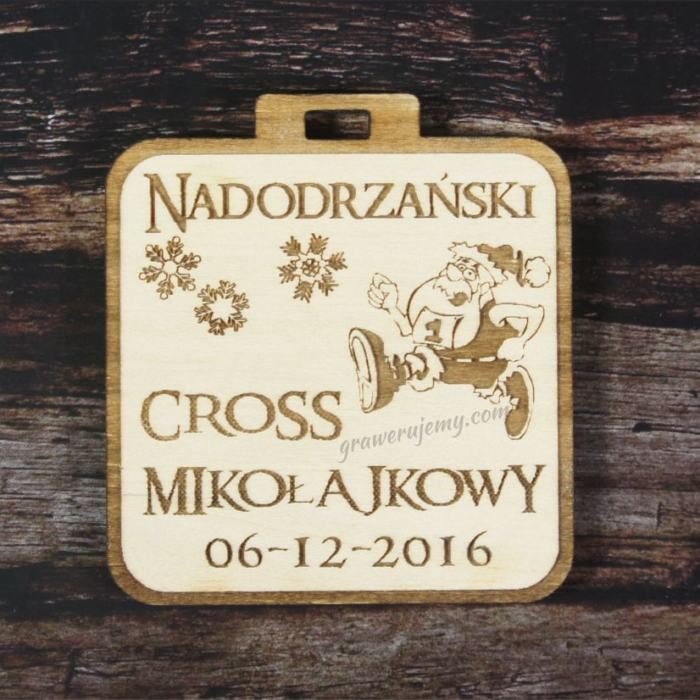 Medal drewniany 77. Cross Mikołajkowy