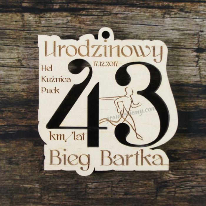 Medal drewniany 238 Bieg Urodzinowy