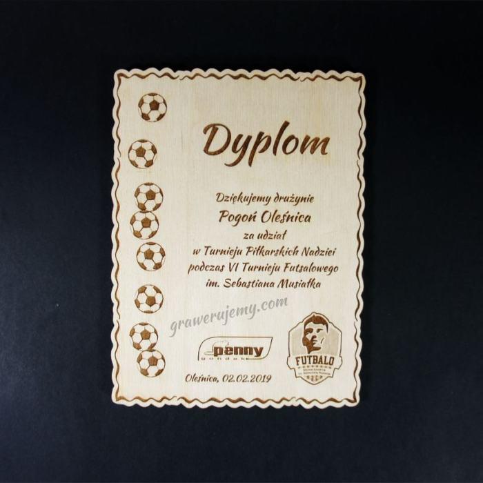 Dyplom drewniany