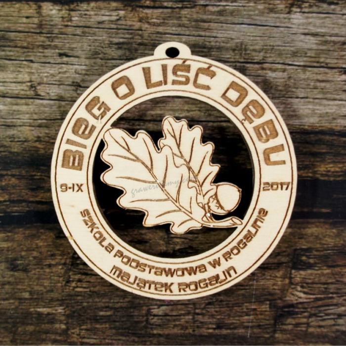 Medal drewniany 410 Bieg o liść dębu